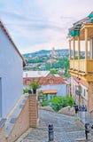 Paseo romántico en Tbilisi vieja Fotos de archivo
