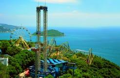 Paseos de la diversión del parque Hong-Kong del océano Imagen de archivo