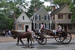 Paseos traídos por caballo del carro en Williamsburg, Virginia Fotos de archivo libres de regalías