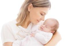 Pasgeboren Baby en Moeder, Mamma met Nieuwe Slaap - geboren Jong geitje op handen stock afbeeldingen