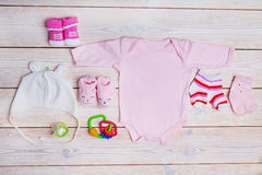 Pasgeboren babykleren Stock Afbeeldingen
