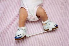 Pasgeboren Orthopedische Schoenen royalty-vrije stock afbeeldingen