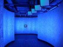 Pasillo azul Imagen de archivo