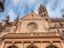 Pasillo de la catedral de la iglesia de monasterio de Friburgo Fotos de archivo libres de regalías