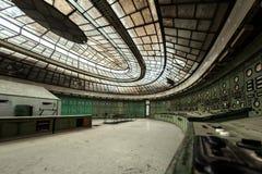 Pasillo de la distribución de la electricidad en industria de metal Fotos de archivo libres de regalías