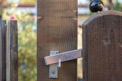 Pasillo de la tienda del jardín como buena idea para una puerta de jardín imagen de archivo