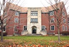 Pasillo de residencia de estudiante en un campus universitario Fotografía de archivo