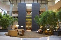 Pasillo del hotel de Grand Hyatt Bellevue Fotos de archivo libres de regalías