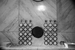 Pasillo en casa vieja en el proyecto Budapest 100 de Budapest imagenes de archivo