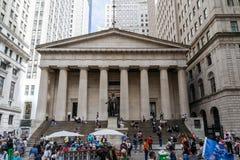 Pasillo federal con Washington Statue en Nueva York imágenes de archivo libres de regalías