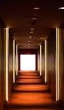 Pasillo largo con las luces Fotografía de archivo libre de regalías