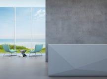 Pasillo moderno de la opinión del mar con el muro de cemento en hotel de lujo de la playa Foto de archivo