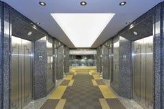 Pasillo moderno del elevador Imagen de archivo