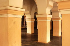 Pasillo ornamental de la gente en el palacio del maratha del thanjavur Fotografía de archivo libre de regalías