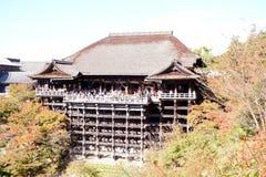 Pasillo principal del templo de Kiyomizu, Kyoto Foto de archivo