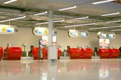 Pasillo vacío del aeropuerto Imagen de archivo libre de regalías