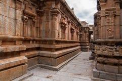 Pasillos del templo antiguo Imagenes de archivo