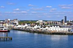 2012 paska cementują konwejeru England żwiru przemysłowego marszu rośliny piaska położenia Southampton składowego zbiornika Zdjęcie Royalty Free