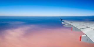 Płaski skrzydło i niebo z copyspace, panoramiczny widok Fotografia Stock