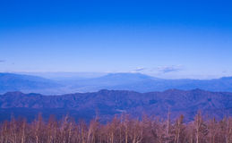 Pasmo górskie i niebo Zdjęcie Stock