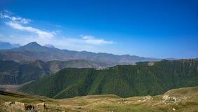 Pasmo górskie w lecie Fotografia Royalty Free