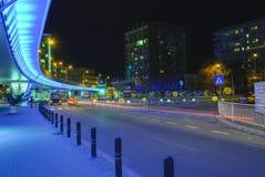 Paso azul en Craiova, Rumania Foto de archivo