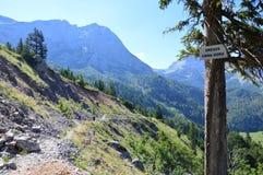 Paso de frontera natural de Bosnia y Herzegovina a Montenegro Foto de archivo