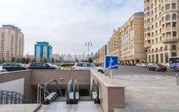 Paso de peatones subterráneo moderno en la calle de Samed Vurgun Fotografía de archivo libre de regalías