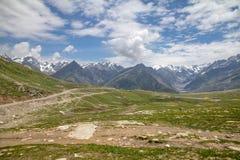 Paso de Rohtang, Manali a la carretera de Leh, la India imágenes de archivo libres de regalías