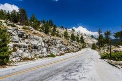 Paso de Tioga, parque nacional de Yosemite, Sierra Nevada, los E.E.U.U. Fotos de archivo