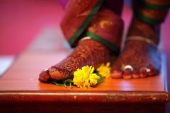 Paso del ritual de la boda Foto de archivo libre de regalías