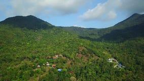 Paso elevado de una isla en Tailandia almacen de video