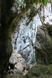 Paso entre las rocas en el parque nacional khao-Sam-ROI-yot Fotografía de archivo libre de regalías