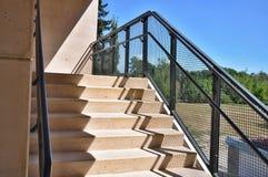 Paso exterior de las escaleras Foto de archivo libre de regalías