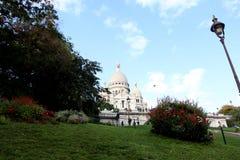 Paso a la basílica de Sacre Coeur, París, Francia fotos de archivo libres de regalías