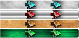 Paso siguiente - caja de madera y del metal con las flechas Imágenes de archivo libres de regalías