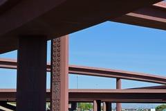 Paso superior y cielo azul Imagenes de archivo