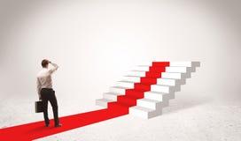 Pasos al concepto del éxito con el hombre de negocios Imagen de archivo