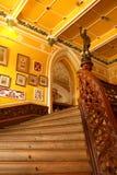 Pasos de la entrada del estilo del vintage del palacio de Bangalore fotos de archivo libres de regalías