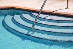 Pasos de la piscina Imagen de archivo