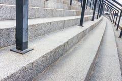 Pasos de piedra con la verja Fotografía de archivo