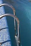 Pasos de progresión de la piscina Foto de archivo libre de regalías