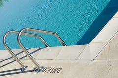 Pasos de progresión de la piscina Fotos de archivo