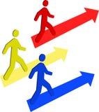 Pasos de progresión hacia arriba con las flechas Imágenes de archivo libres de regalías