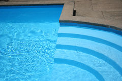 Pasos de progresión de la piscina Fotografía de archivo libre de regalías