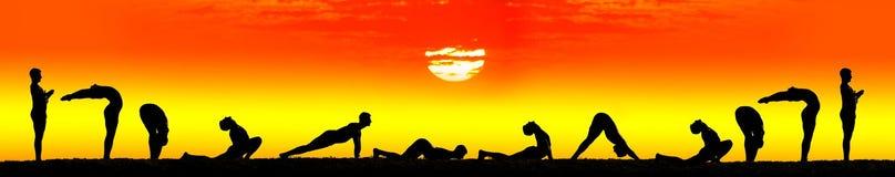 Pasos de progresión del saludo namaskar del sol del surya de la yoga Imagen de archivo libre de regalías