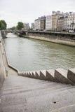 Pasos parisienses Fotos de archivo libres de regalías