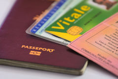 Paspoort en anderen identiteitsdocument en kaarten Royalty-vrije Stock Afbeeldingen