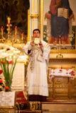 Pasqua, cerimonia di preghiera della chiesa ortodossa. Immagini Stock Libere da Diritti