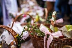 Pasqua e sorgente fotografie stock